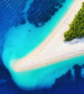 Plaża Zlatni Rat, Wyspa Bol